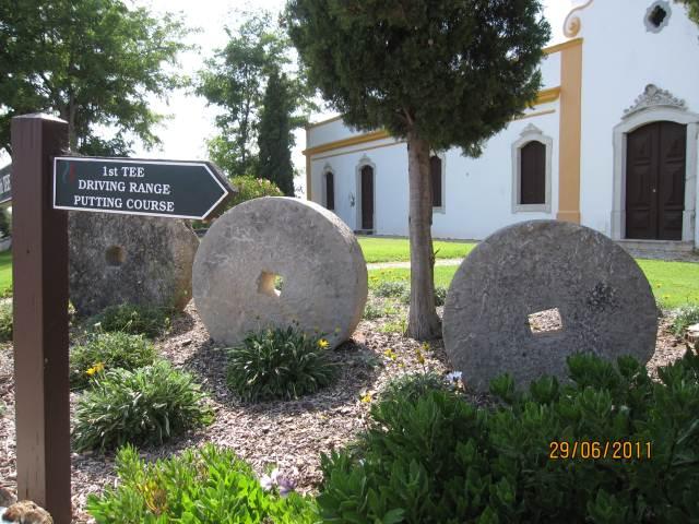PORTUGAL ALGARVE CHURCH TO DRIVING RANGE
