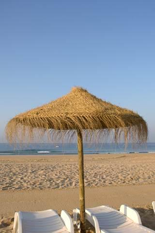 ALGARVE SANDY BEACH.With east-west-algarve .com