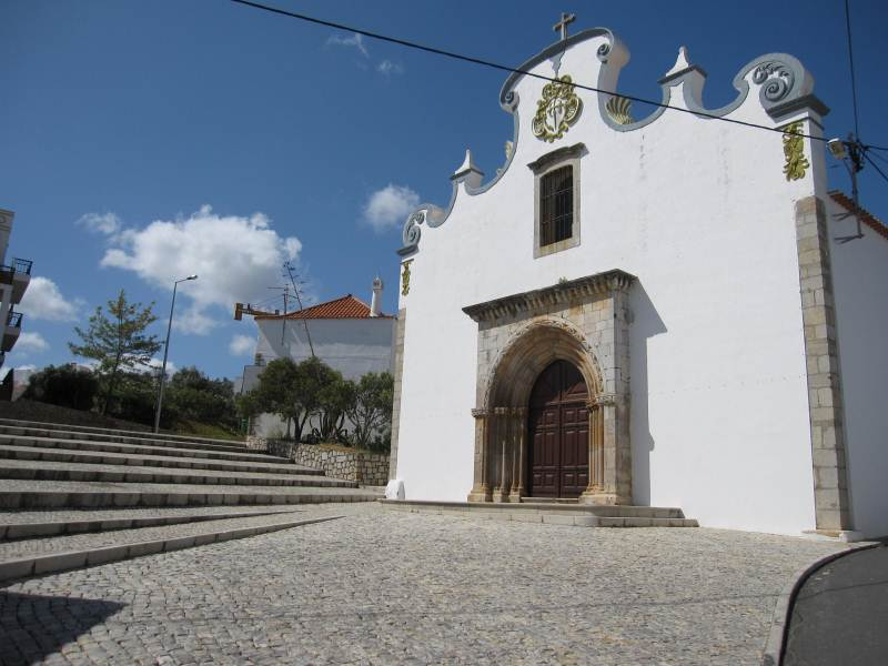 typical algarve church