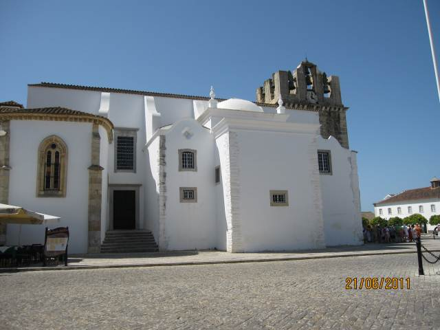 FARO OLD TOWN SHOWING FARO CATHEDRAL