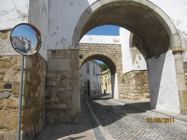 FARO OLD TOWN ENTRANCE ARCHES