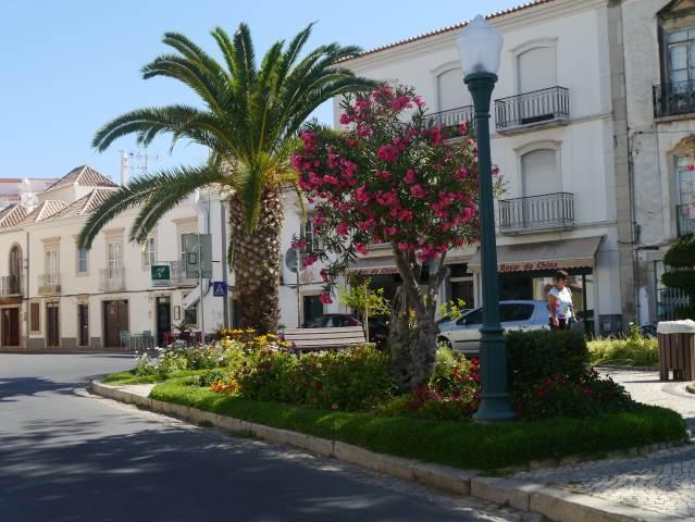 Tavira Garden Square