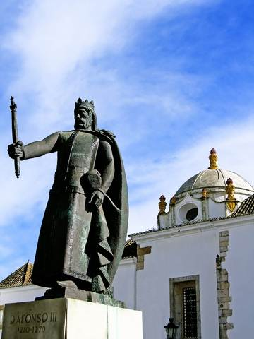 Portugal Algarve King Alfonso III.With east-west-algarve.com