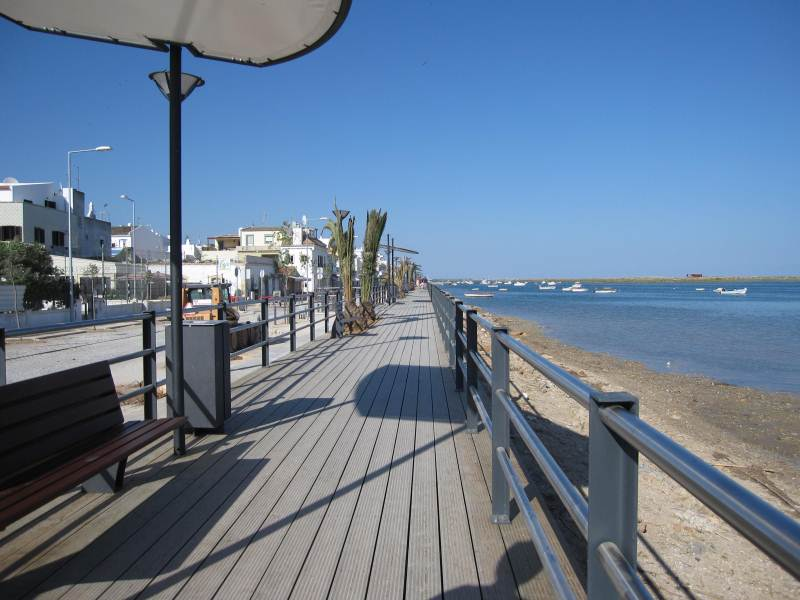 EAST-WEST-ALGARVE CABANAS UPDATED