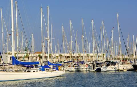 LAGOS MARINA.With east-west-algarve.com