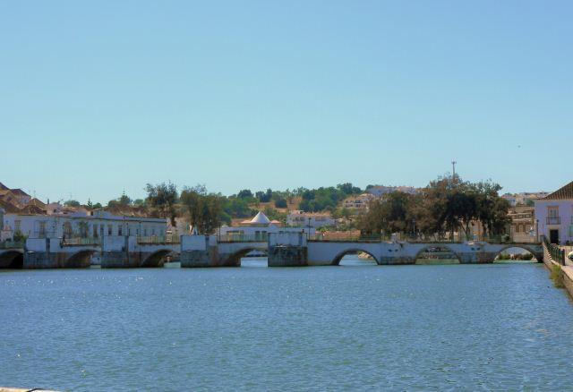 TAVIRA AND THE ROMAN BRIDGE